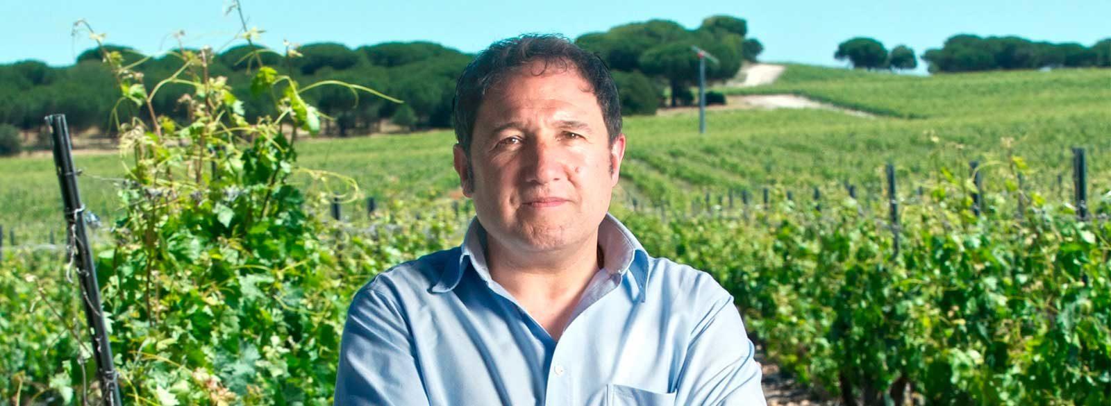 Entrevista a Ángel Anocibar, enólogo de Abadía Retuerta