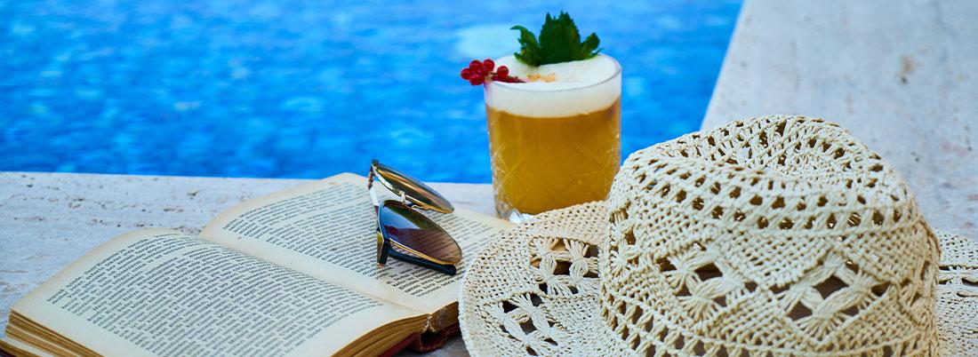 Celebra el Día del Libro… ¡con un destilado!