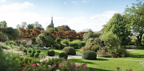 Jardín perteneciente a Perrier-Jouët en Épernay