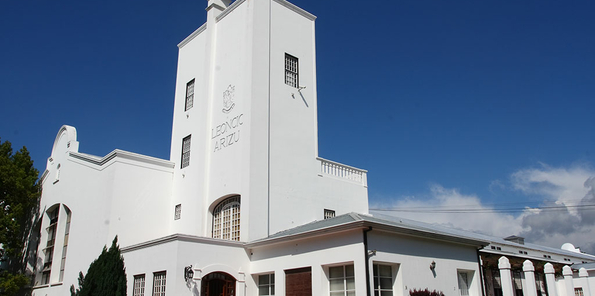 Edificio de bodega, ubicado en Luján de Cuyo