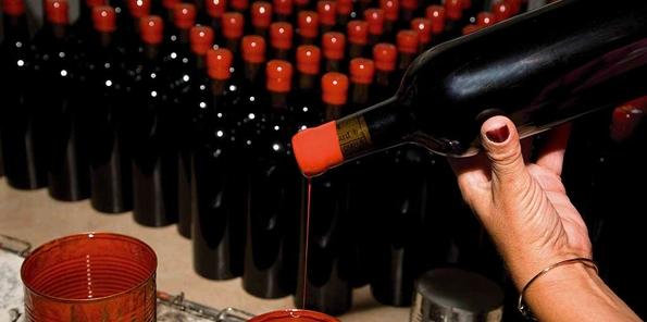 Lacrado de botellas