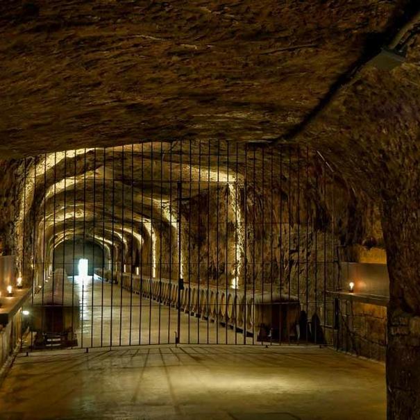 Calado subterráneo de Roda