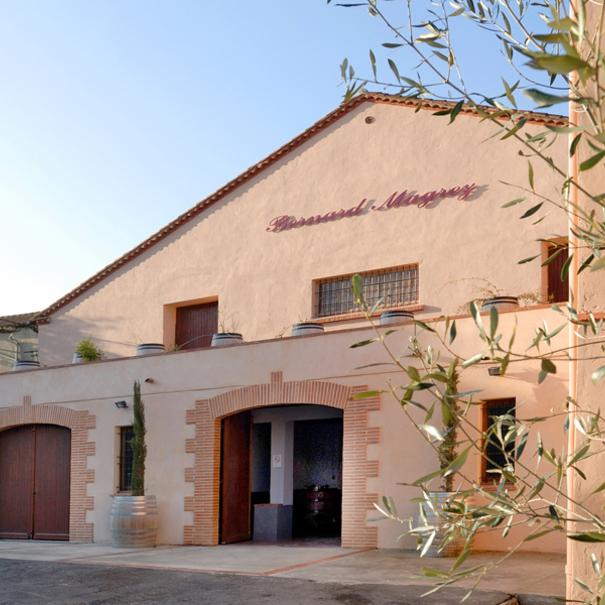 Bodega de Bernard Magrez Grands Vignobles Proprietaire