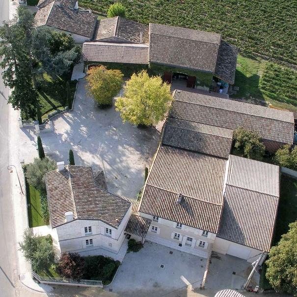 Vista aérea del edificio de bodega