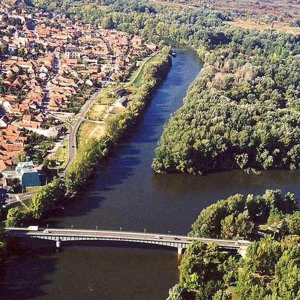 Confluencia de los ríos Tisza y Bodrog