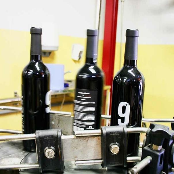 Embotellado en Winery Arts