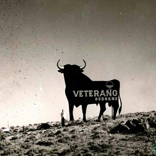 El toro de Osborne originalmente fue creado para promocionar el brandy Veterano