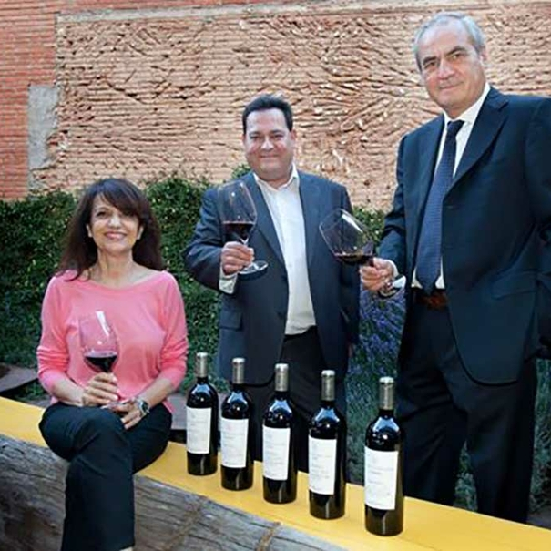 Paco Rodero, Conchita Villa y enólogo