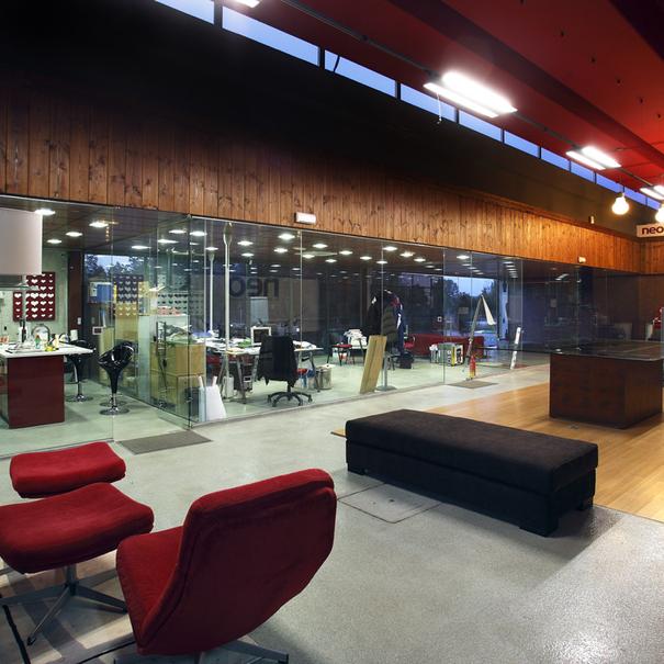 Interior de Bodegas y Viñedos Neo